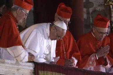 Đức tân Giáo hoàng và ngôn ngữ không lời