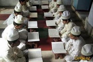 Các ngôi vườn của những người nhịn chay (4) - Tháng Ramadan là tháng trong đó Kinh Qur'an được ban xuống