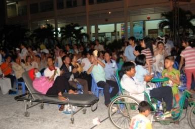Đêm cầu nguyện cho bệnh nhân & những ấn tượng