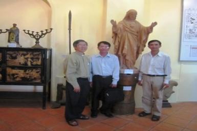 Ban Đại diện Phật giáo Hòa Hảo Tp.HCM thăm Ban Mục vụ Đối thoại liên tôn TGP