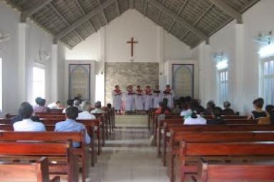 Sa-bát đầu tiên tại Nhà thờ Đại Hưng mới xây dựng