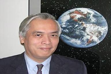 GS Trịnh Xuân Thuận: Hài hòa trong hỗn độn