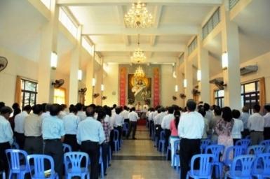Giáo dân Tổng Giáo phận chúc xuân Đức Hồng Y Gioan Baotixita