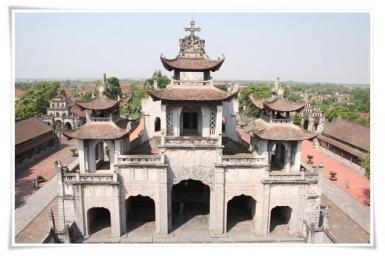 Nhà thờ lớn Phát Diệm (1)