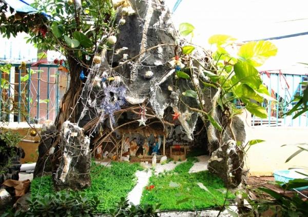 Mừng lễ Giáng Sinh 2012 tại Thánh thất Bàu Sen