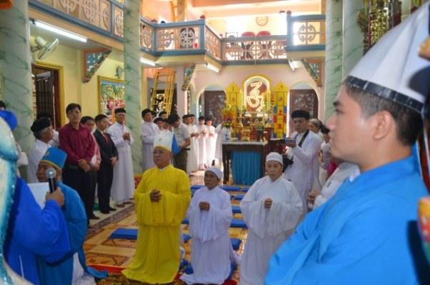 Lễ tiếp rước Huấn lịnh của Hội thánh bổ nhiệm Tân Ban cai quản Họ đạo quận 3 - Thánh thất Huỳnh Đức