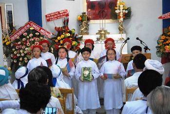 Lễ Chúa Giáng sinh tại Thánh thất Bàu Sen (24.12.2016)