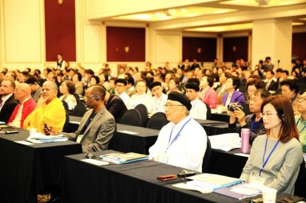 Tham dự Hội nghị Liên tôn Quốc tế về môi trường tại Hàn Quốc