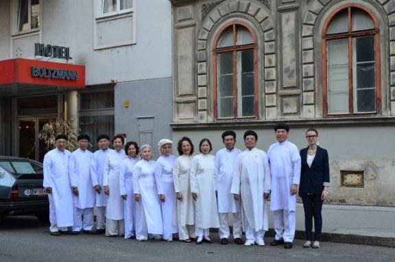 Đại học Vienna (Áo) mở lớp học Cao Đài