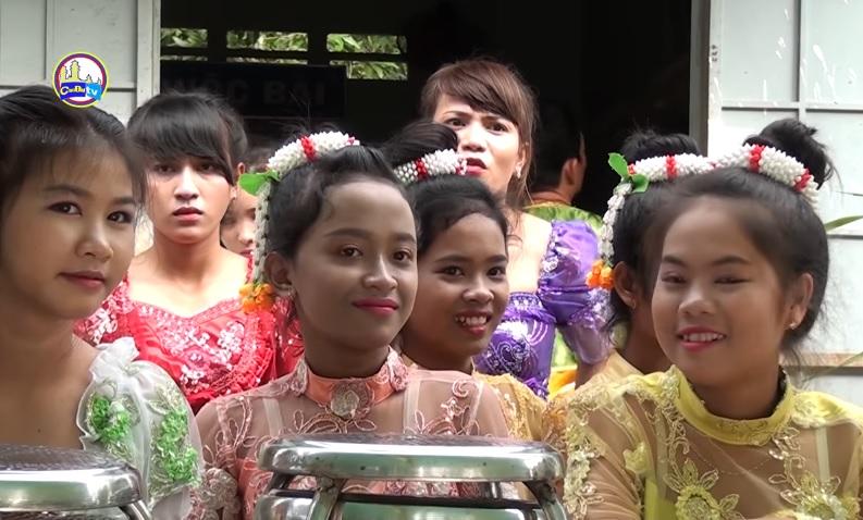 Tết cổ truyền tộc người Tà Mun