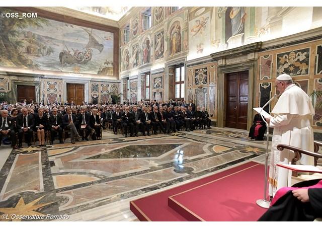 Đức Giáo hoàng Phanxicô kêu gọi ký giả tôn trọng sự thật