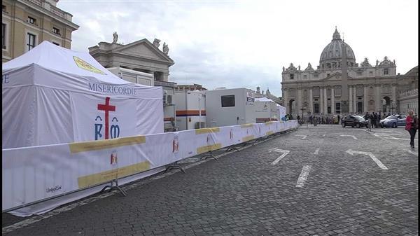 Vatican: Bệnh viện dã chiến nhân Ngày Thế giới Người nghèo*