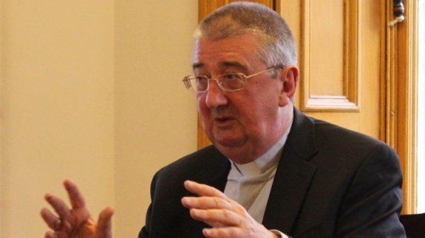 Giáo phận Dublin ngăn chặn các băng đảng dùng lễ tang để phô trương