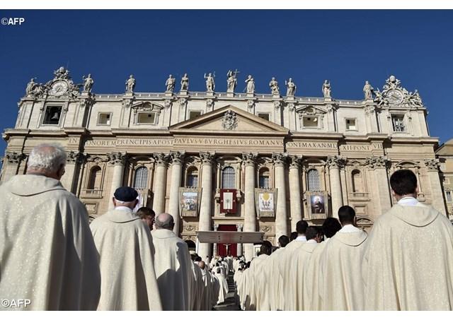 Chương trình đọc kinh Mân Côi toàn cầu để cầu nguyện cho các linh mục
