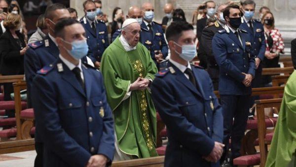 ĐGH cử hành lễ bổn mạng đội Hiến Binh Vatican