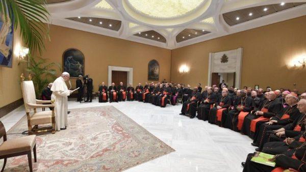 ĐGH Phanxicô kêu gọi đẩy mạnh việc huấn luyện phụng vụ