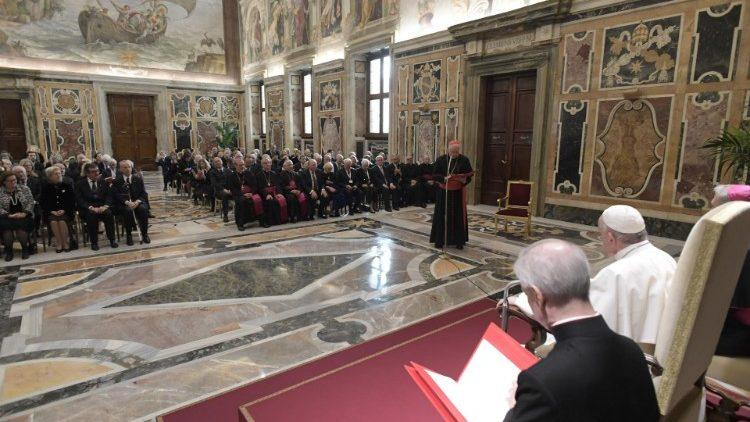 ĐGH Phanxicô tiếp Đại Hội Đồng Hội Hiệp Sĩ Thánh Mộ Jerusalem