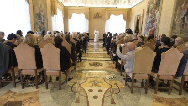 ĐGH Phanxicô tiếp kiến Hàn Lâm Viện Tòa Thánh về khoa học