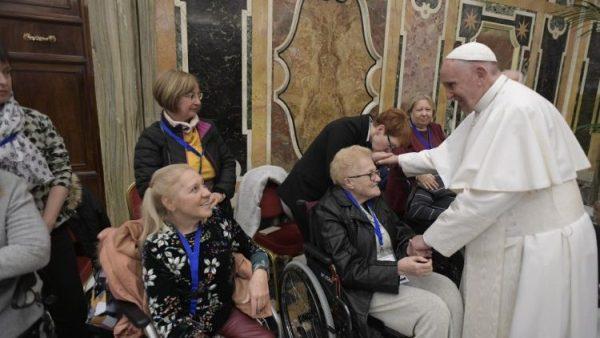 ĐGH Phanxicô tiếp kiến 400 thành viên Phong trào Tông đồ người mù