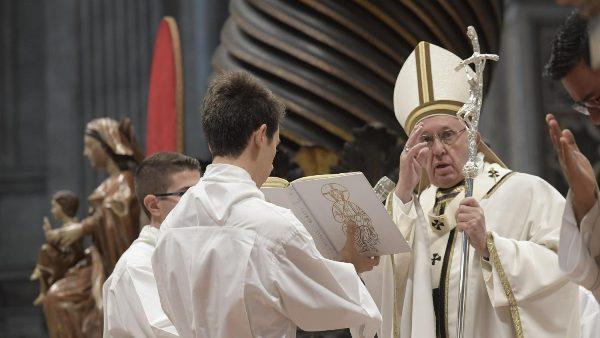 ĐGH Phanxicô cử hành Thánh lễ Ngày Thế giới Người Nghèo lần II