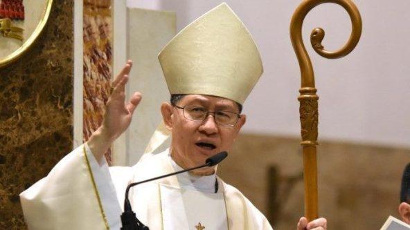 Các Giám mục Philippines bảo vệ ĐHY Tagle trước Tổng thống Duterte