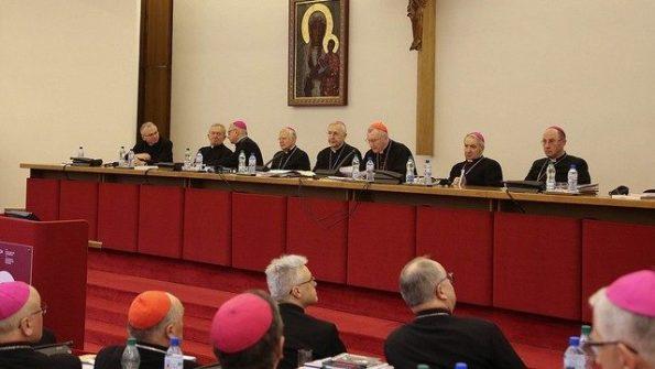 ĐHY Parolin cám ơn các linh mục Ba Lan mục vụ tại nước ngoài