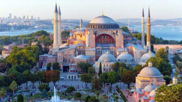 Tranh luận giữa Hy Lạp và Thổ Nhĩ Kỳ về tình trạng của đền thờ Santa Sofia