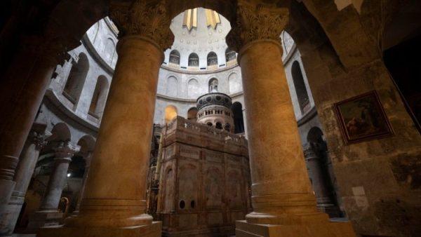 Đền thờ Thánh Mộ ở Giêrusalem được mở cửa lại từ 24/05