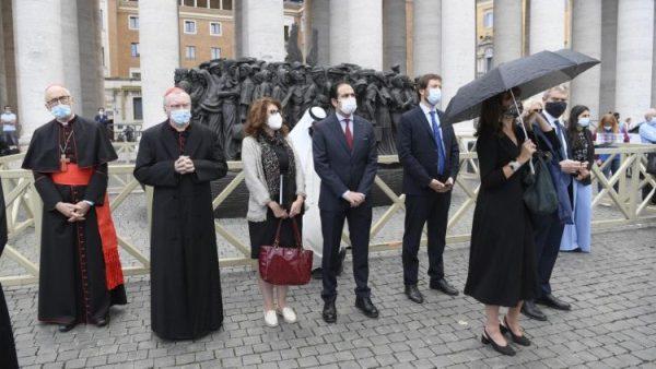Vatican buộc đeo khẩu trang tại các nơi thuộc lãnh thổ của Vatican
