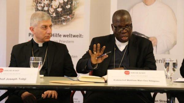 """Đức cha Ndagoso: """"các Kitô hữu bị giết như những con gà"""""""
