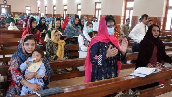 Kitô hữu Pakistan chống bắt cóc các thiếu nữ và cưỡng bách theo đạo Hồi