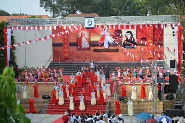 Đại lễ Lòng Chúa Thương Xót 2016 tại Sài Gòn