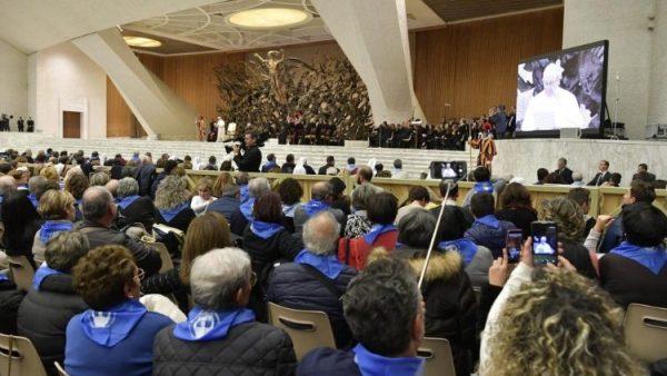 ĐGH Phanxicô tiếp kiến 6500 tín hữu hành hương nam Italia