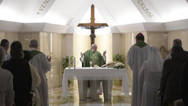 Giáo hội tăng trưởng trong thinh lặng, chứ không phô diễn
