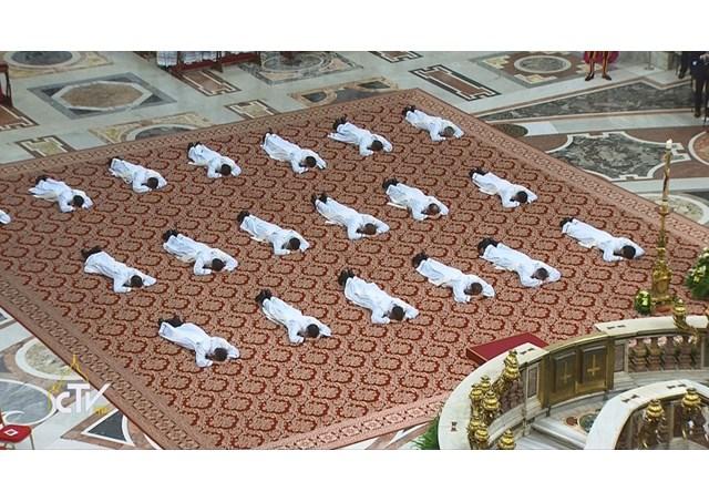 Sứ điệp Đức Giáo hoàng Ngày Thế Giới về ơn gọi lần thứ 55