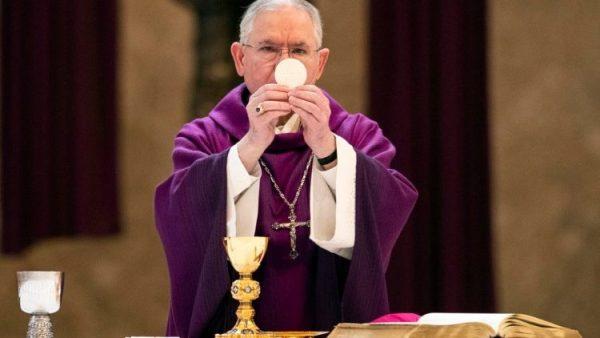 Tổng thống Trump hỗ trợ các trường Công giáo trong đại dịch