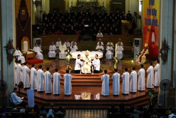 Tổng Giáo phận Sài Gòn: Thánh lễ trao ban tác vụ Phó tế 2017