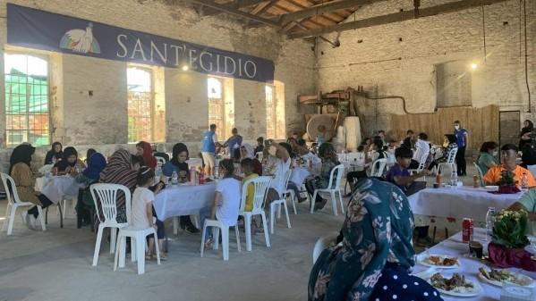 Cộng đồng thánh Egidio tổ chức các bữa ăn dịp Đại lễ Đức Mẹ 15/08