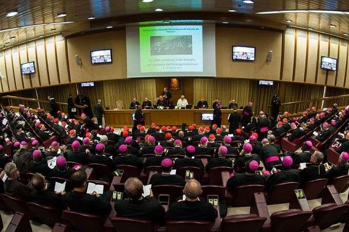 Thượng HĐGM Thế giới thứ XIII khuyến khích các Giáo hội tại Á Châu Tân Phúc âm hóa bằng ba cuộc đối thoại