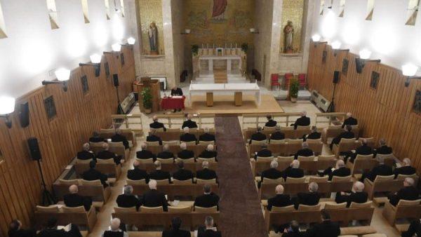 Nhân tuần tĩnh tâm của Đức Giáo hoàng và giáo triều Roma