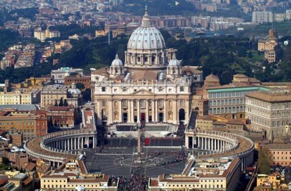 Toà Thánh tổ chức họp về di dân