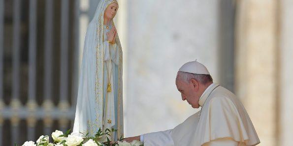 Nhân ngày hiện ra cuối cùng ở Fatima, ĐGH nói về cách gặp gỡ Đức Mẹ mỗi ngày