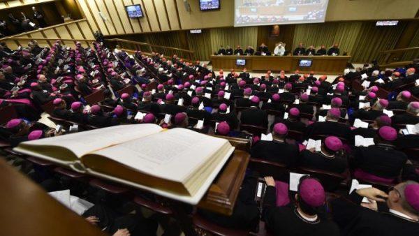 Sinh hoạt Thượng Hội đồng Giám mục ngày 05.10.2018