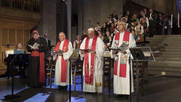ĐGH tiếp Phái đoàn Liên hiệp Tin Lành Luther Thế giới