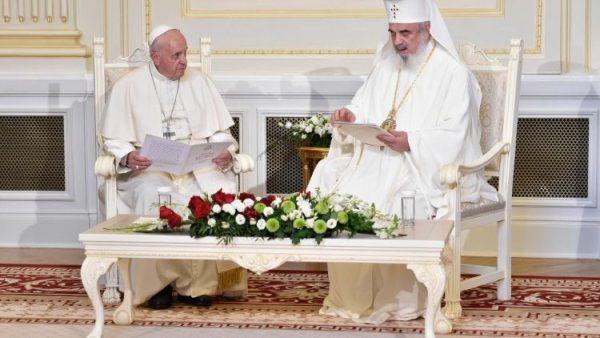 ĐGH Phanxicô gặp gỡ các vị lãnh đạo Chính Thống Rumani