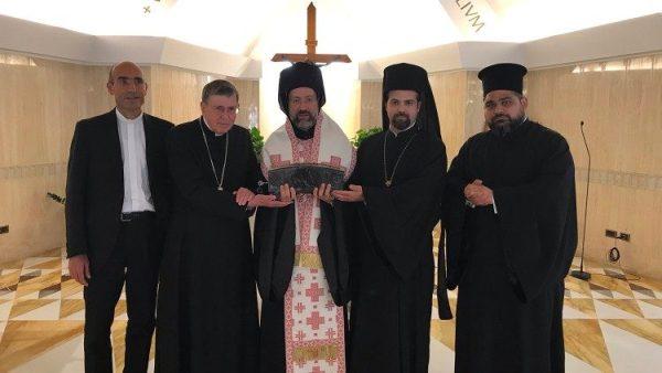 ĐGH Phanxicô tặng thánh tích thánh Phêrô cho Đức Thượng phụ Bartholomêô