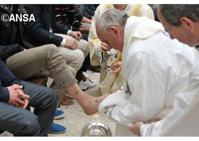 Thứ Năm Tuần Thánh: ĐGH sẽ rửa chân cho các tù nhân ở nhà tù Paliano