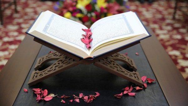Vì hòa bình và sống chung, Kinh Thánh và Koran được dạy trong các trường học ở Malaysia