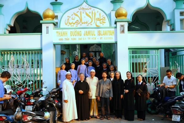 Cảm nghiệm sau buổi gặp gỡ tín hữu Islam tại Masjid Jamiul Islamiyah