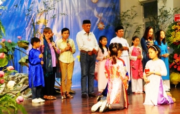 HNLT IX: Đại diện các tôn giáo cầu nguyện cho hòa bình